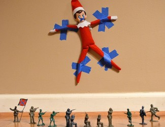 elf-on-the-shelf-ideas-32