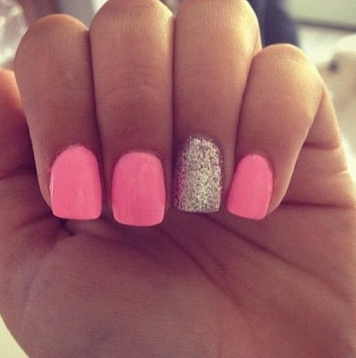 Accent Nail Manicure