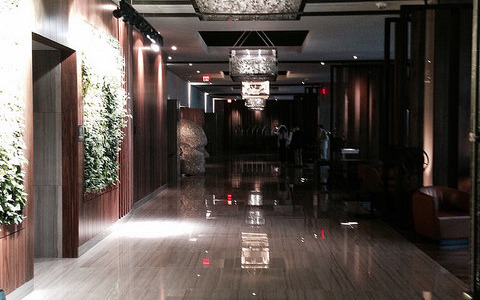 """The Westin Cleveland Downtown Introduces """"Take The Elevator Home"""" Holiday Experience"""