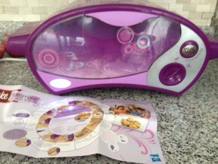 Easy Bake Oven – Perfect Gift for you Little Baker/Chef